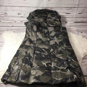 e6511f60cbc86 anorak Jackets & Coats | Fillmore Camo Vest | Poshmark